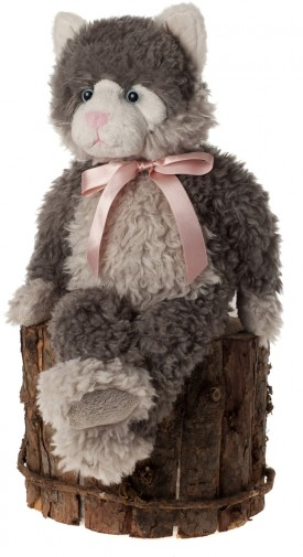 Retired Charlie Bears - CANTERBURY 42CM