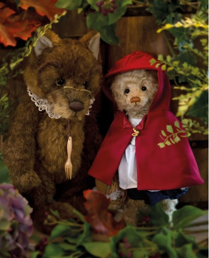 Retired Isabelles - ISABELLE RED RIDING HOOD & MASQUERADE WOLF