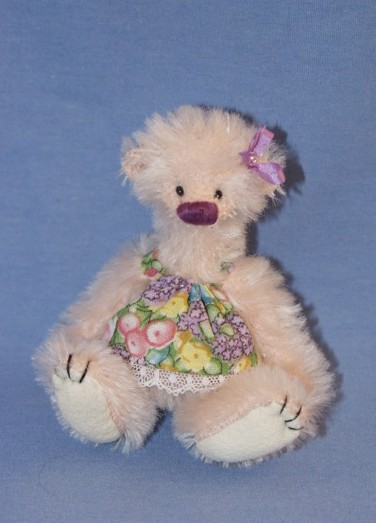Retired Bears and Animals - LILLY BELLE 3ֲ¾""