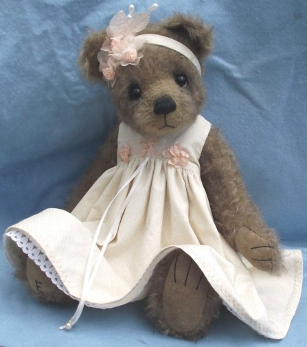Retired Ellie Bears - BETH 43CM