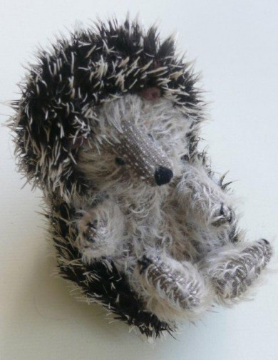 Retired Bears and Animals - HEDGEHOG 5""