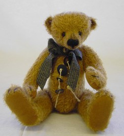 Retired Bears and Animals - TEDDY PETER 37CM